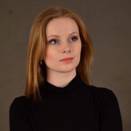 Музыкальный руководитель Собянина Елена