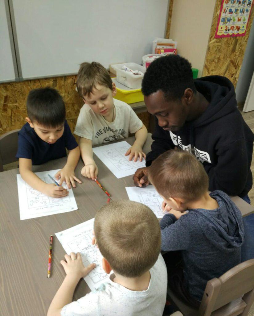 воспитатель; английский язык с детьми; обучение английскому языку